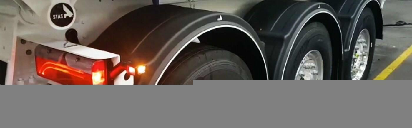 STAS trailers made even safer thanks to the marker lights