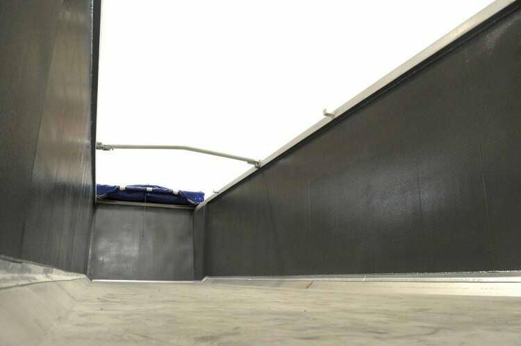 Auskleidungen sorgen für einen schnellen, effizienten und sicheren Schüttguttransport