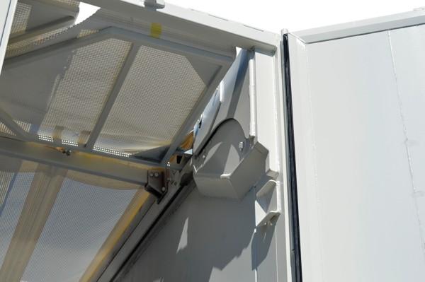 dubbelwerkende hydraulische achterdeur voor zelflosser